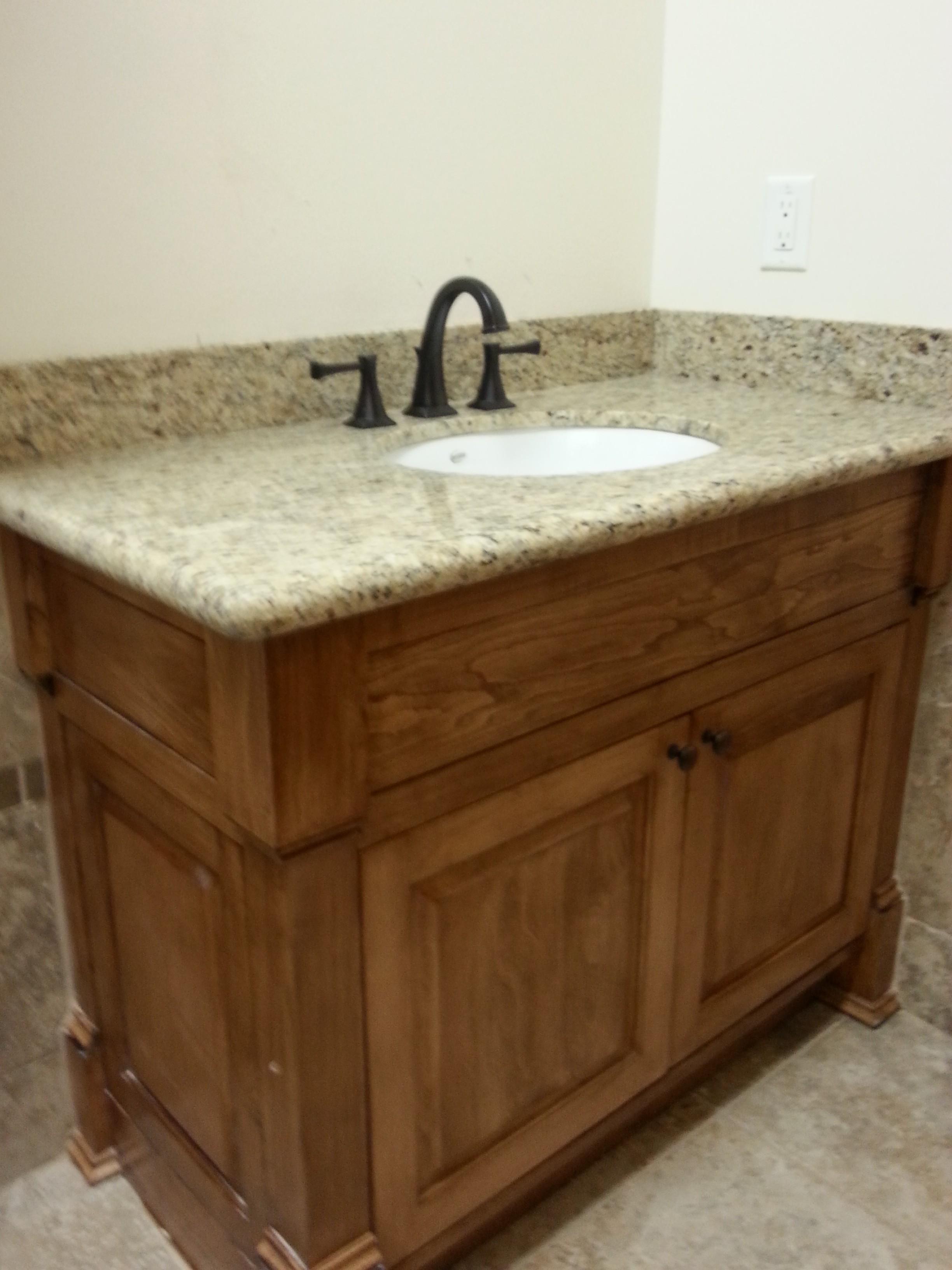 2100 Bathroom Vanity: Solid Wood Bathroom Vanity With Marble Countertop